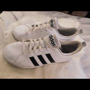 Classic Adidas Men's Size 9🙌🏽👍🏽💪🏾